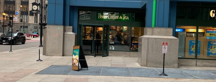 Peet's Coffee & Tea is one of Eoghanさんのお気に入りスポット.