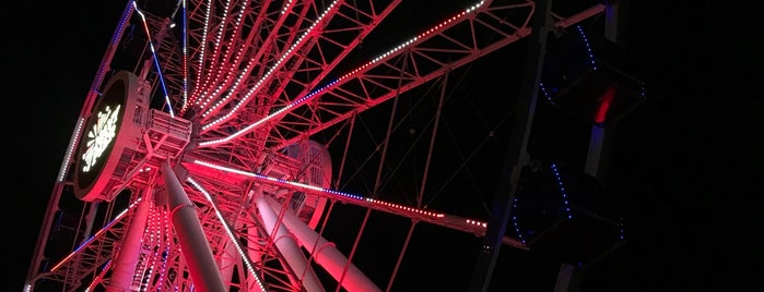 Centennial Wheel is one of Chitown 2019.