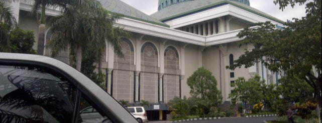Masjid Nasional Al-Akbar is one of #4sqcities Surabaya.