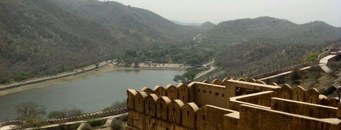 Jaigarh Fort is one of สถานที่ที่บันทึกไว้ของ Diego.