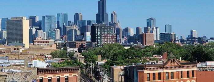 Cabana Club is one of Rooftops Chicago.