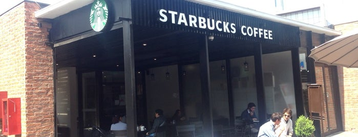 Starbucks is one of Ely 님이 좋아한 장소.