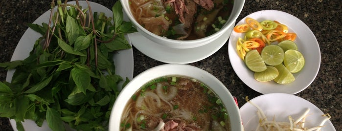 Phở Quỳnh is one of HCMC.