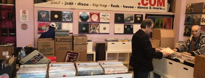 Vinylbrokers is one of Record Stores Worldwide.