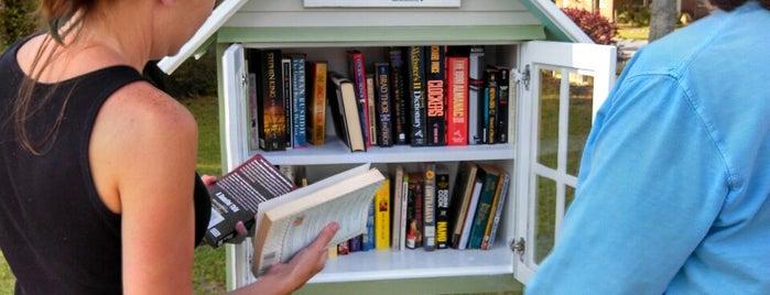 Little Free Library #12080 is one of สถานที่ที่ Jay ถูกใจ.