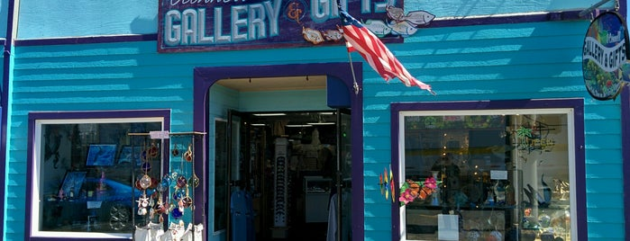 O' Connell Gallery And Gifts is one of Freaker USA Stores Pacific Coast.