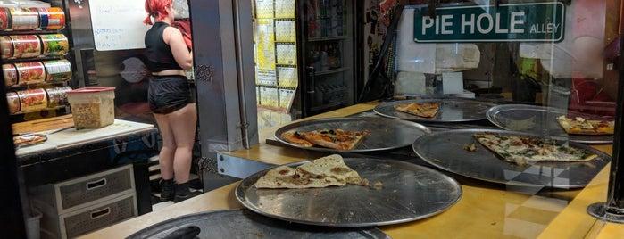 Pie Hole is one of Alexis'in Beğendiği Mekanlar.