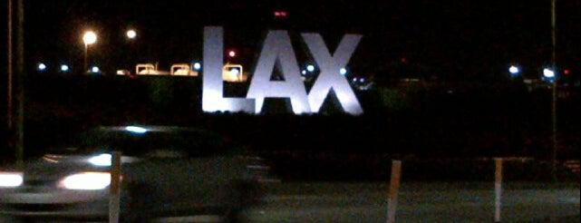 Los Angeles Uluslararası Havalimanı is one of Official airport venues.
