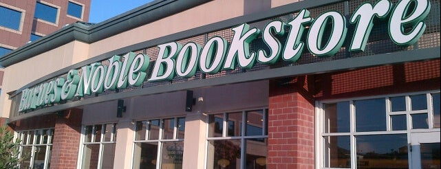 The 15 Best Bookstores In San Diego