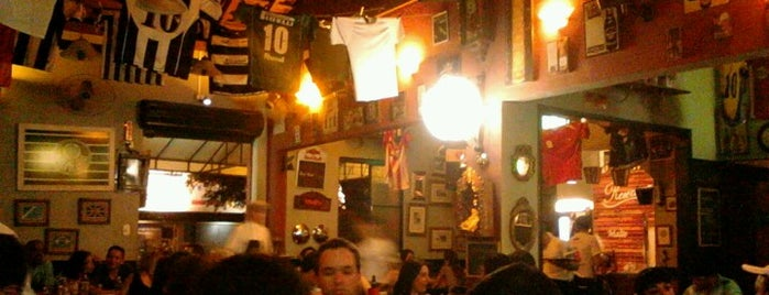 Mercearia Bar is one of Tempat yang Disukai Aline.