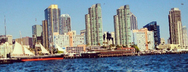 Downtown San Diego is one of Locais curtidos por Veronica.