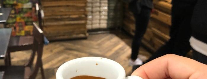 Centrale del Caffè is one of Lugares favoritos de Silvia.