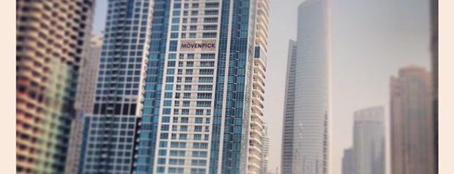 Mövenpick Hotel Jumeirah Lakes Towers is one of สถานที่ที่ Rick ถูกใจ.