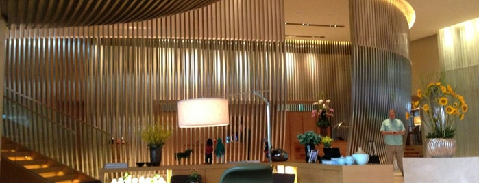 Andaz Lobby Lounge is one of Locais salvos de Orietta.