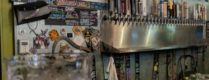 Machete Beer House is one of สถานที่ที่ Ed ถูกใจ.