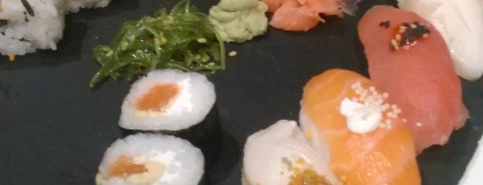 Sushi & Buey is one of Lieux qui ont plu à Marc.