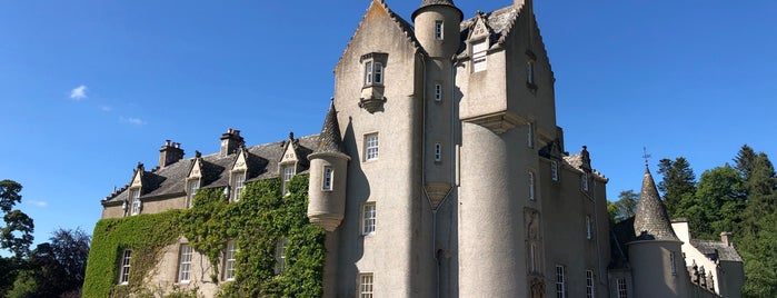 Ballindalloch Castle is one of J's Liked Places.