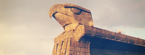 Monumento Las Águilas is one of Oscar : понравившиеся места.