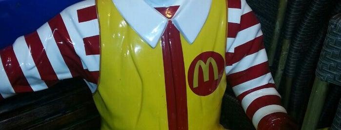 McDonald's is one of Lieux qui ont plu à Anıl.