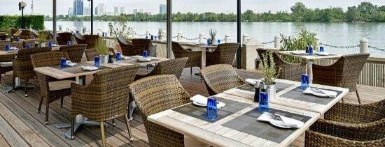 Waterfront Kitchen is one of Tempat yang Disimpan Matthias.