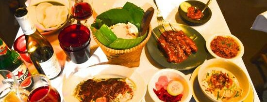 Djakarta Bali is one of Restaurants paris.