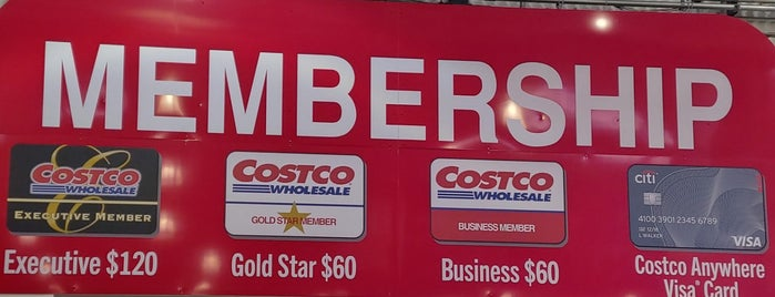 Costco Wholesale is one of Karenさんのお気に入りスポット.