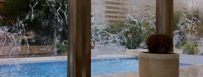 Centro Comercial da Portela is one of Lx museus e jardins gratis.