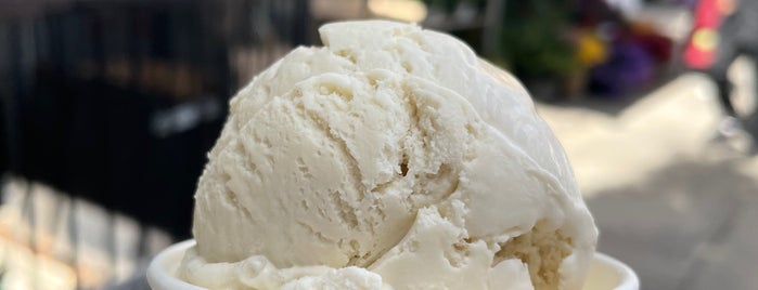 Smoove Ice Cream & Kulu Desserts is one of To do 4.