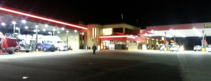 Pilot Travel Centers is one of Posti che sono piaciuti a Joe.