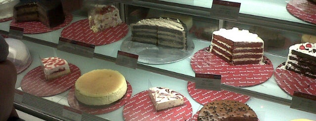 Secret Recipe is one of Posti che sono piaciuti a Yatie.