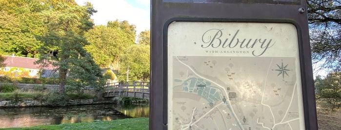 Bibury is one of Orte, die Musa gefallen.