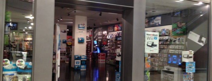 GameStop is one of Posti che sono piaciuti a Sunjay.
