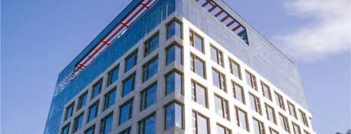 Double Tree By Hilton is one of ♏️UTLU'nun Beğendiği Mekanlar.