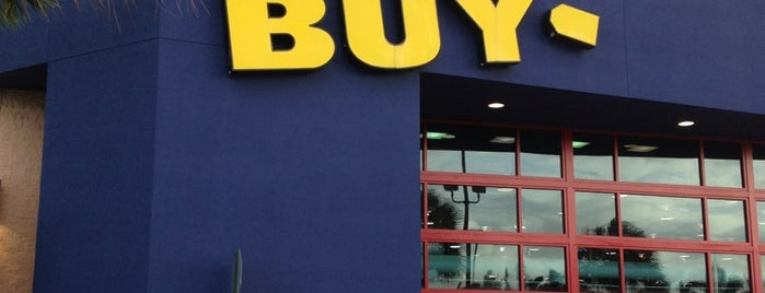 Best Buy is one of Tempat yang Disukai LiquidRadar.