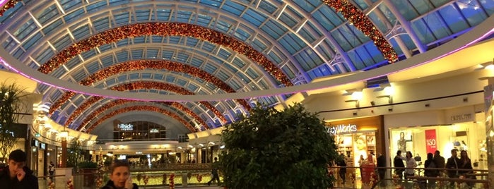 İstinyePark is one of Great malls & department stores.