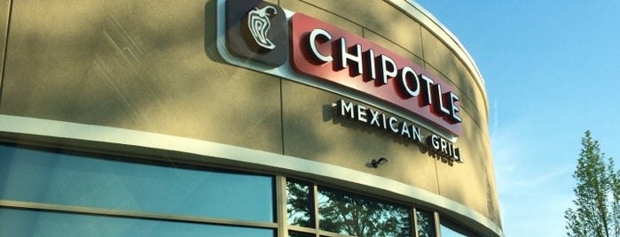 Chipotle Mexican Grill is one of Lugares favoritos de Raymond.