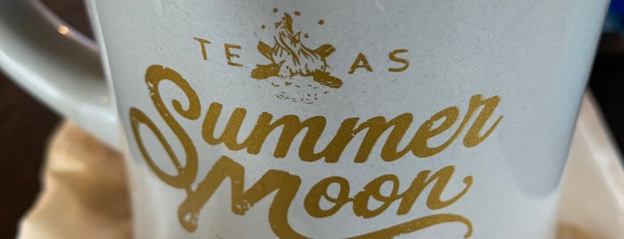 Summer Moon Wood-Fired Coffee is one of Lieux qui ont plu à Greg.