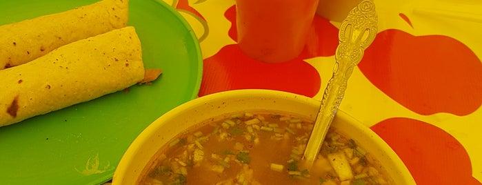 Restaurante Las Glorias is one of Joel Adrian 님이 좋아한 장소.
