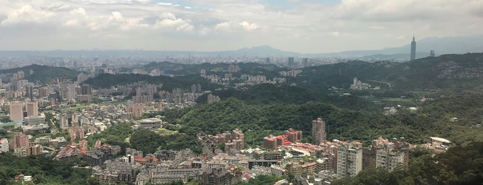 貓空 MaoKong is one of Taipei.