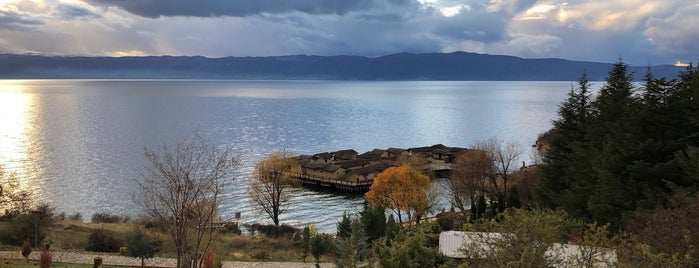 Заливот На Коските (Музеј на вода) / Bay of Bones (Museum on Water) is one of Ohri.