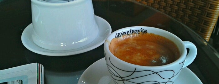Grão Espresso is one of Locais curtidos por Henrique.