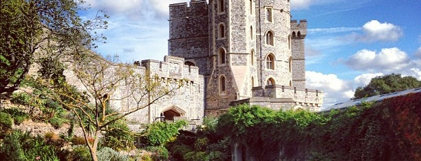 Windsor Castle is one of England (insert something witty here).