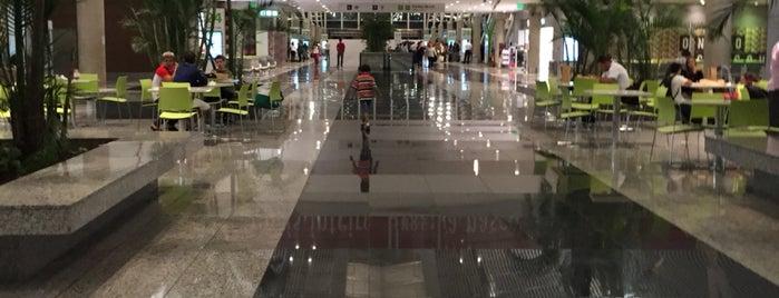 Aeroporto Internacional de Brasília / Presidente Juscelino Kubitschek (BSB) is one of Osvaldo'nun Beğendiği Mekanlar.