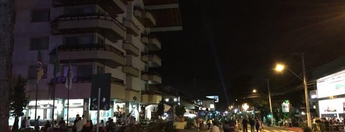 Dall'Onder Grande Hotel is one of Osvaldo'nun Beğendiği Mekanlar.