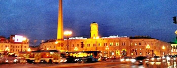 Vosstaniya Square is one of Top-20: Санкт-Петербург.