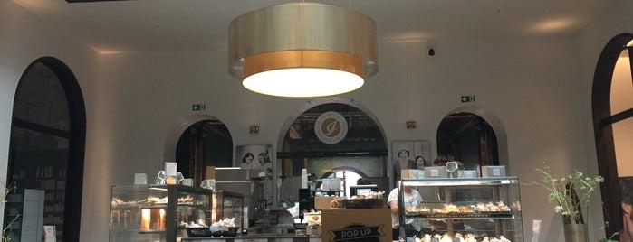 Isabella Glutenfreie Pâtisserie is one of Hamburg's cosiest Cafés ☕️💕.