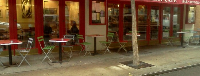 Cornelia Street Cafe is one of Eat/drink outside & downtown(ish).