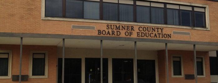 Sumner County Board Of Edication is one of B David 님이 좋아한 장소.