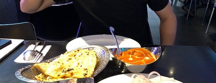Taj Kitchen ( Authentic Indian Cuisine ) is one of สถานที่ที่ Rahmat ถูกใจ.