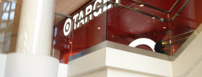 Target is one of Visiting DC as a Paulistano.